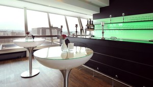 Diamond & Sky Lounge